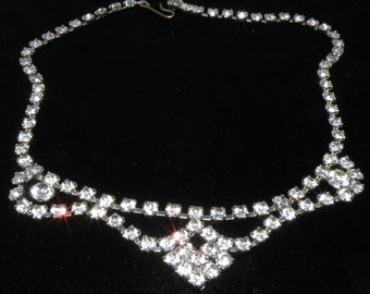1950s RHINESTONE Choaker necklace 15 inches and  full of  SPARKLE