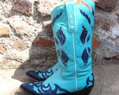 RESERVED for qpdsful Turquoise Blue Leather Vintage Cowboy Boots