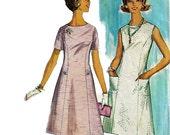 Simplicity 5421 Vintage 60s Princess Seam Dress Pattern Scoop Neck Size 9 Bust 30 1/2