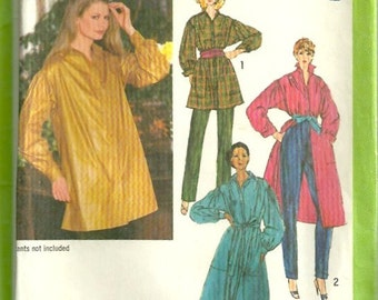 Simplicity 9068 1970s Misses Loose Fitting Dress Shirt  Top Tunic Pattern Womens Vintage Sewing Pattern Size 10 Bust 32 1/2 UNCUT