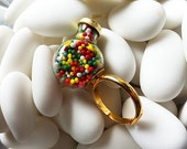 Candy dispenser ring