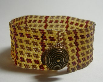 """Beadwoven Bracelet in Brown, Tan and Deep Red - """"Balmoral"""""""