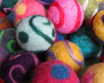 Cat Toy Ball - Needle Felted - One Ball