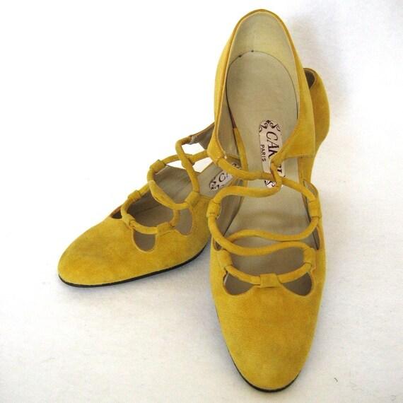 MUSTARD SUEDE criss-cross heels, 7