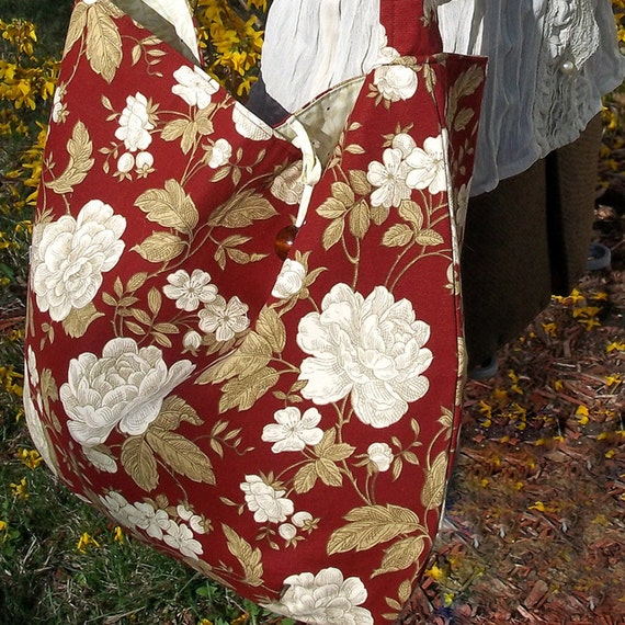 Shabby Roses Hobo Bag