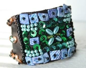 Gypsy cuff - blue