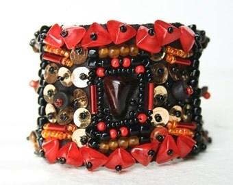 Gypsy cuff - red