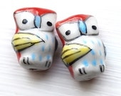 Owl beads with wing detail - 2 pieces - ceramic