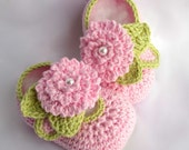 Crochet Baby Booties leaves flowers pearls pdf