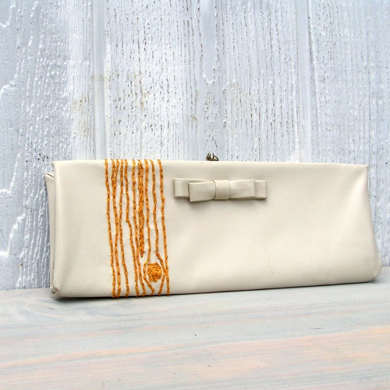 cream woodgrain clutch