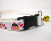 Little Cupcakes Cat Collar