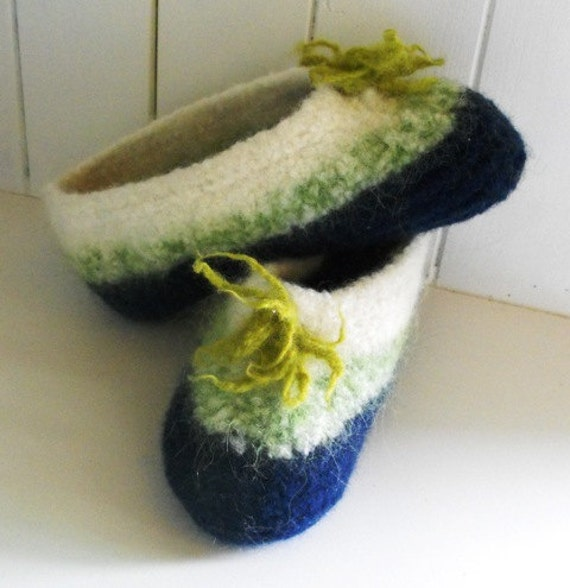 Women's Slippers Wool Felted for Home and Cottage