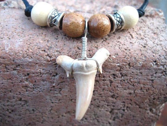 Vintage Wood Shark Tooth Necklace Unisex Adjustable