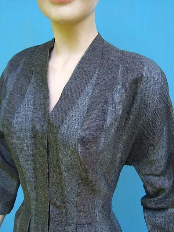 SALE 1940s Day Dress by De De Johnson, California. Kimono Robe Style Dress with Dolman Sleeves. Sheath Wiggle Dress. Stripes Bust 36