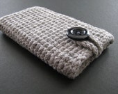 Handmade iPhone, iPod touch case- grey with black button