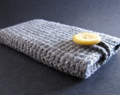 Handmade iPhone iPod touch case- grey with yellow button