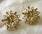 Vintage Sarah Coventry Earrings, Starburst Floral, Open Filigree, Goldtone, Clips