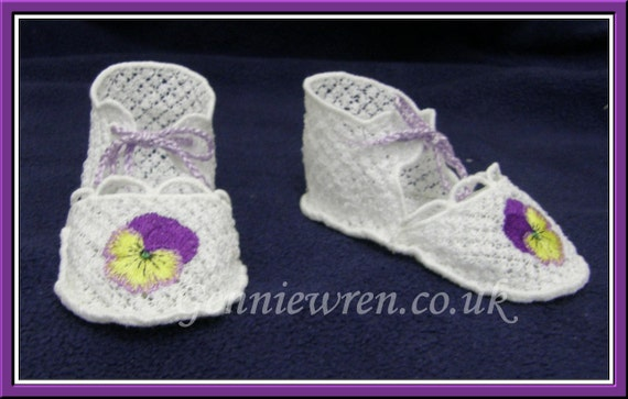 FSL Baby Shoes - Machine embroidery design