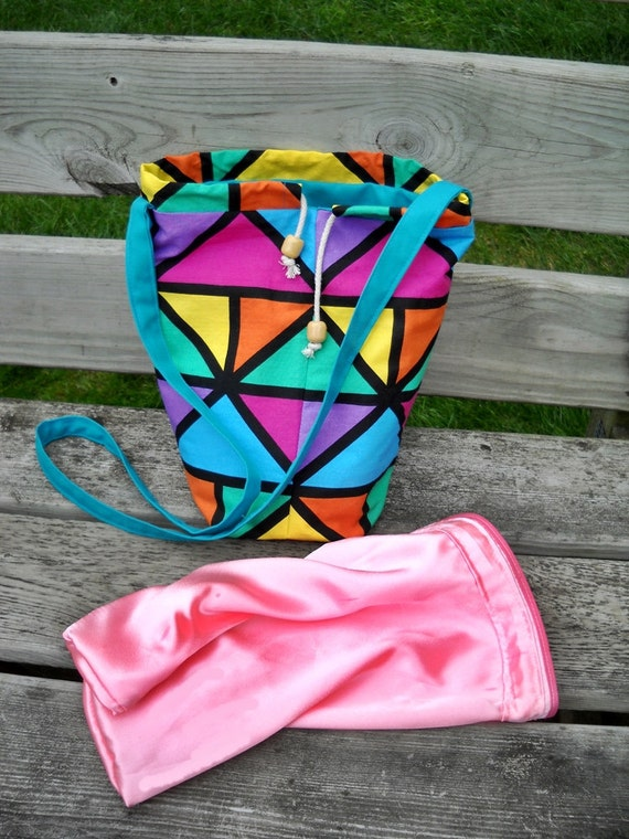 Drop Spindle Bag with Silky Insert Fiber Bag, Spin on the Go Bag, Bright Geo Print Cotton, Drawstring, Spindle Pouch n Pockets, Padded