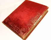 Vintage Victorian Photo Album Red Velvet c 1800s For Cabinet Card CDV And Tintype Photographs