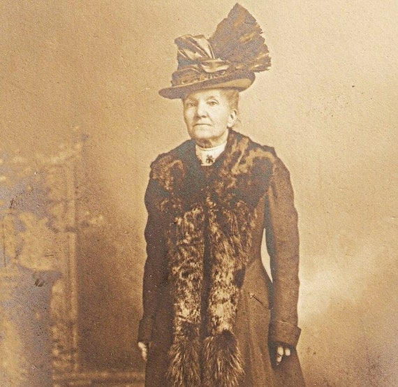 Vintage Victorian Photo Elegant Lady In Outlandish Hat And Long Fur Collar