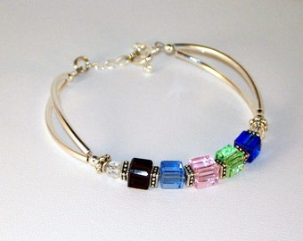 Swarovski Crystal  Mothers or Grandmothers Bracelet
