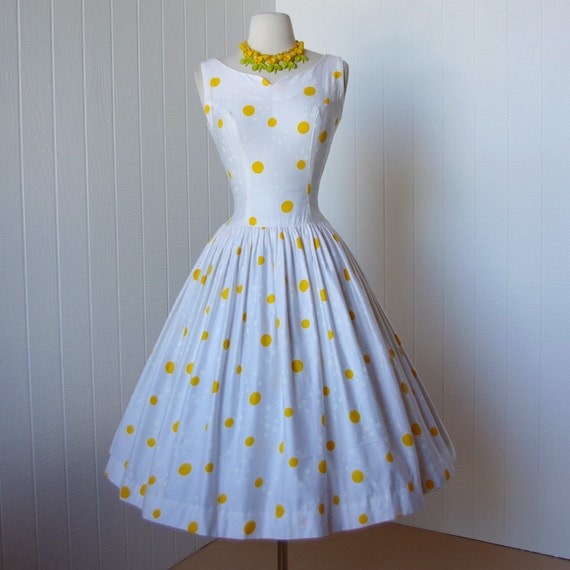 vintage 1950's dress  ...quintessential yellow polka dots BETTY BARCLAY polished cotton full skirt pin-up bombhsell sun dress