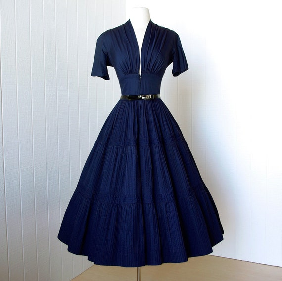 vintage 1940's dress  ...vavavoom forties navy cotton full skirt pin-up bombshell dress with plunging neckline