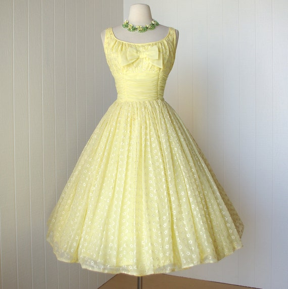 vintage 1950's dress ...pretty LEMON EYELET CHIFFON 4 layer full and fluffy skirt pin-up party prom dress with a bow