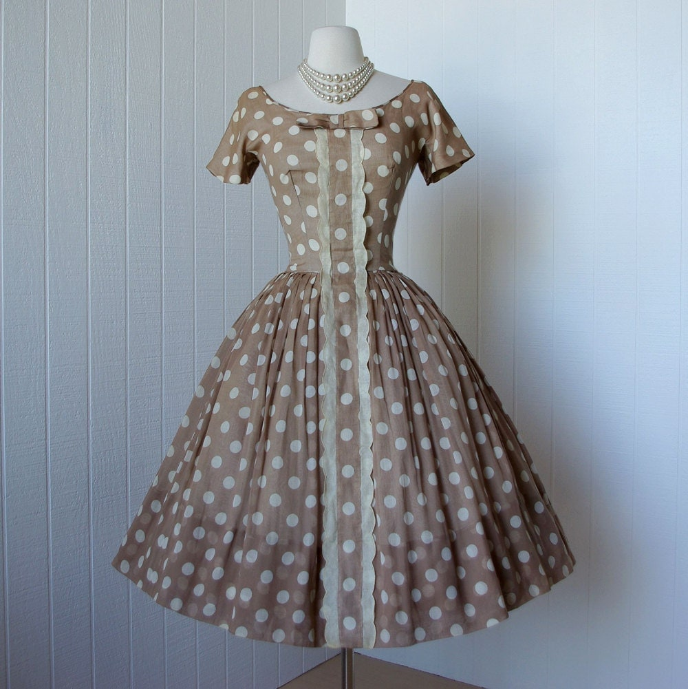 vintage 1950's dress ...dior inspired GIGI YOUNG nude