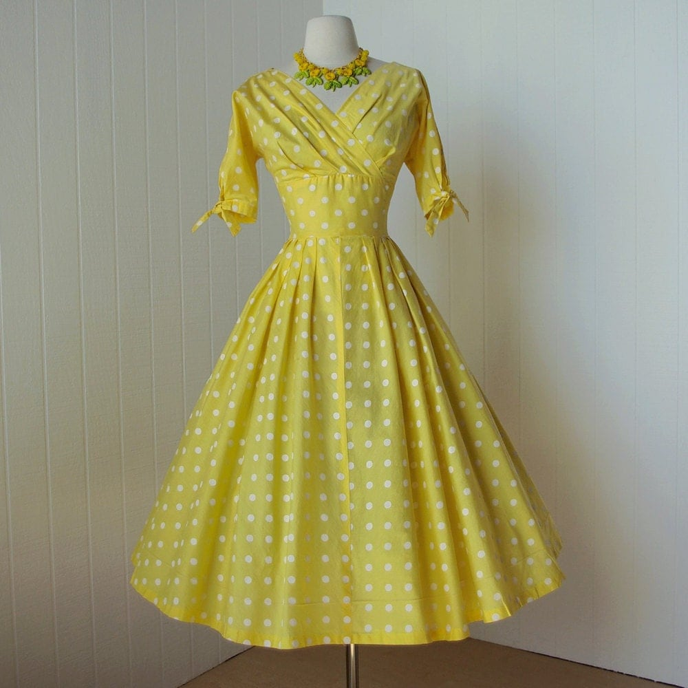 Vintage Yellow Dresses 42