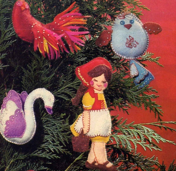 Vintage 70s McCall's Twelve Days of Christmas Beaded Felt Ornaments Magazine Sewing Pattern