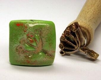 Umbel bead lampwork stamp