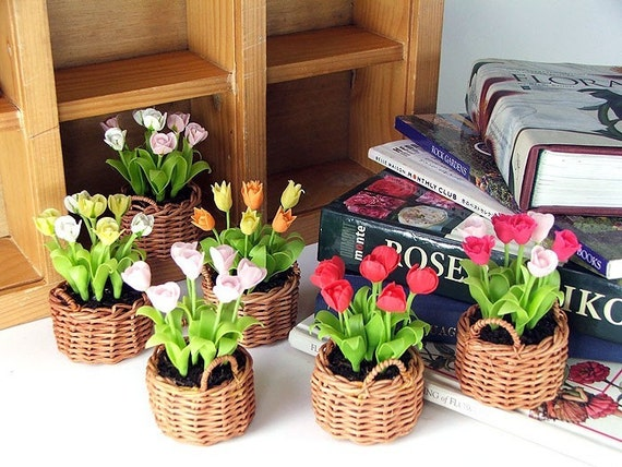 Miniature Polymer Clay Flowers Spring Blooming Tulip 6 Baskets,