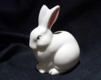 Bunny Figurine Set - Three (3) Sweet Bunnies