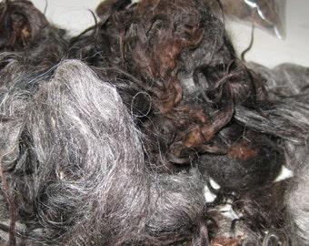 NAVAJO CHURRO 8OZ raw wool