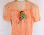 SALE / 30s Peach Gown / Multi Color Flower Appliques / Free Shipping