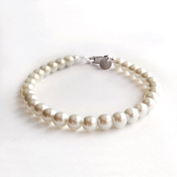 RESERVED Tiffany Inspired Classic Pearl Bracelet - Sterling Silver - White or Ivory - Custom Colors Available
