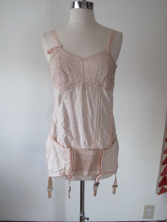 RESERVED for costigan6 - c.1930 Pink Corset with Garters - Trixy