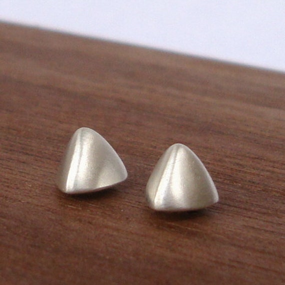 Geometric Earrings Pyramid Triangle Studs Triangle Earrings sterling silver Faceted post earrings geometric earrings