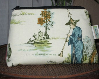 Vintage look Clutch Cosmetic Bag