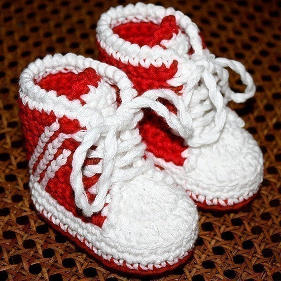 Crochet PATTERN (pdf file) - Baby Sneakers (tennis shoes)