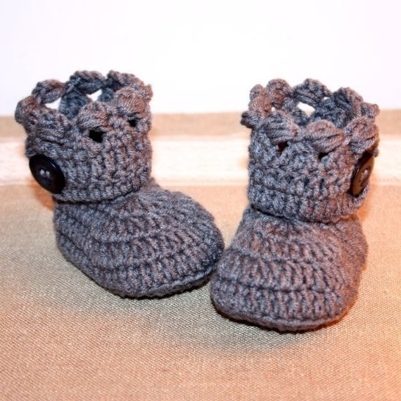 Crochet PATTERN - Holiday Boots