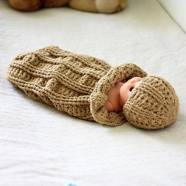 Free Crochet Hooded Baby Cocoon Pattern : Crochet PATTERN Baby Cocoon and Hat Set