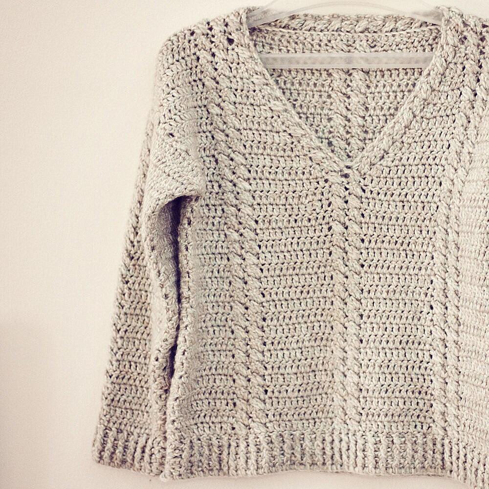 Free Crochet Pattern V Neck Pullover : Crochet PATTERN Cable V-neck Sweater
