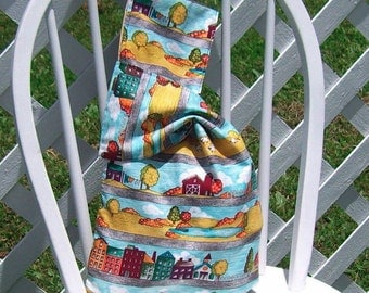 Reusable Lunch Bag Town and Country Print Medium