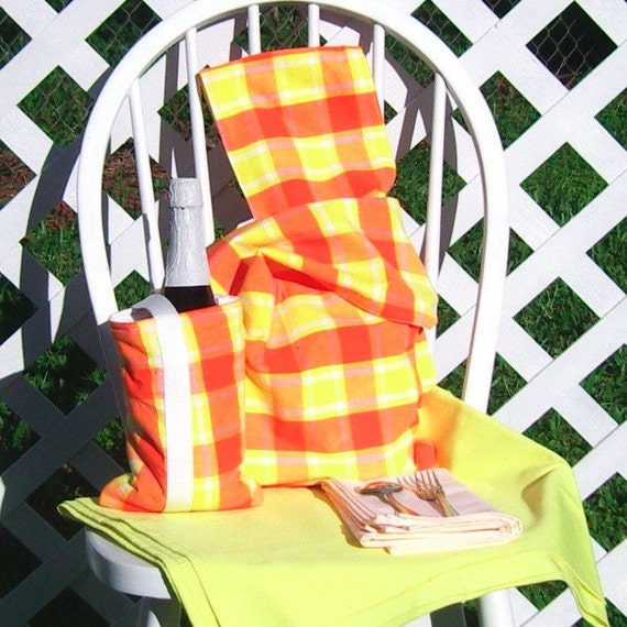 Picnic Set for Two Yellow Orange Plaid Bag Bottle Carrier Tablecloth Travel Set