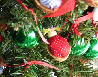 Walnut Babies Christmas ornaments- Set of 6 ( Red and blue duvet mix )