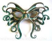 Large Cthulhu leather mask, hand-painted in metallic green and copper, Halloween