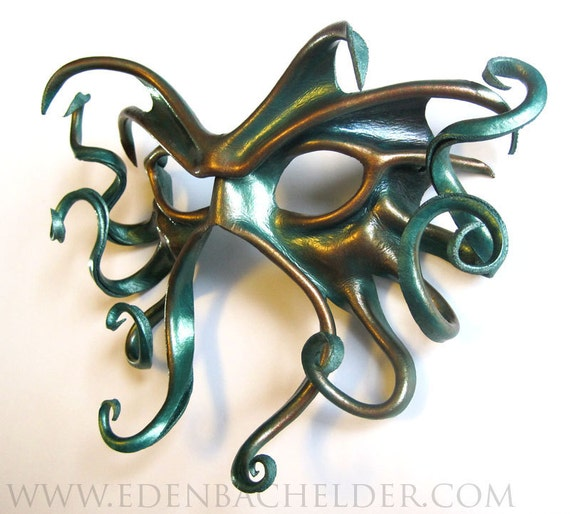 Large Cthulhu leather mask hand-painted in metallic by edenbee